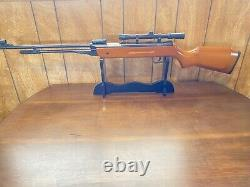 5.5mm Caliber Pellet Air Rifle 22 Caliber Wood. 22 Caliber + 4 X 20 Scope