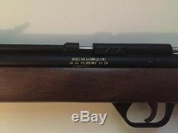 Crosman Benjamin 392 Pump Bolt Action Air Rifle