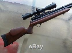 Hatsan AT44W-10 QE PCP Air Rifle, Walnut Stock. 25