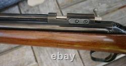 Sheridan Blue Streak Vintage Thumb Safety 1960 Air Rifle. 20 cal. Best Wood Ever
