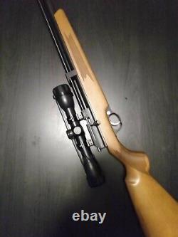 Diana Stormrider. 22 Pcp Carabine À Air Comprimé Avec Une Portée