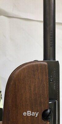 Vintage Beeman Bb Gun Modèle Calibre R1.177 Comes With Bushnell Trophy Xlt